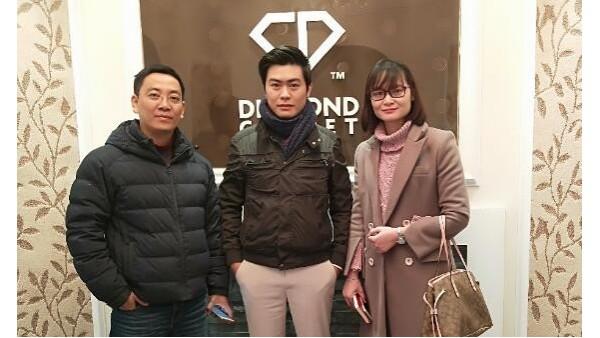 越南客户考察近10家地毯公司,最后还是选择了钻石地毯