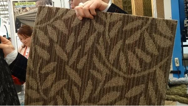 地毯批发市场购买地毯的好处