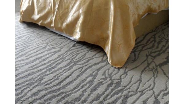 地毯厂家科普地毯起皱变形的3个原因