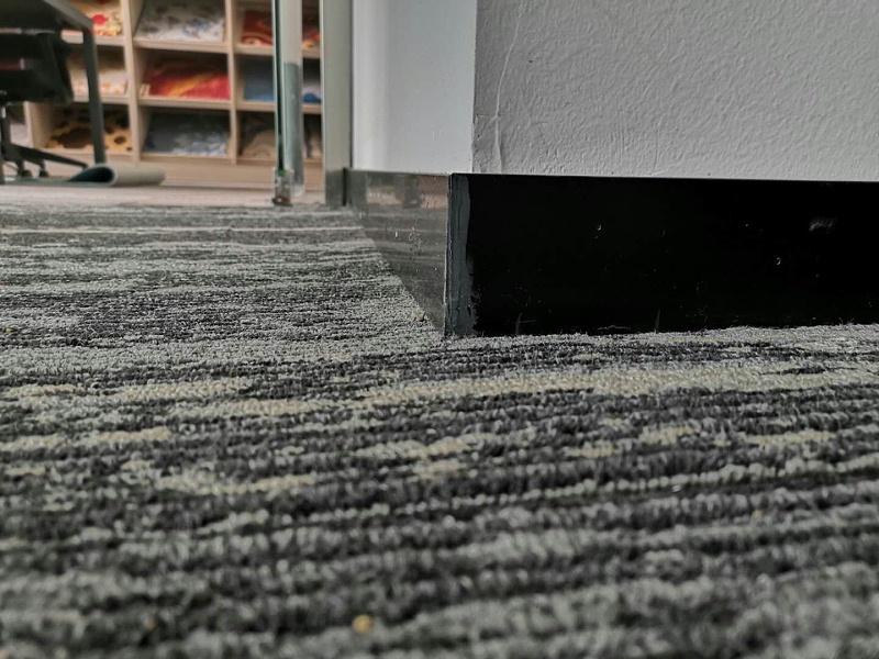 钻石地毯 地毯 踢脚线 预留高度